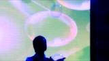 视频: 公司年会创意节目剧本- 视频片段图片