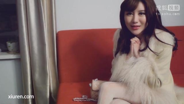 [秀人网]美妮MuMu 酥胸美腿诱惑 2015.03.08 HD 1080P在线免费观看