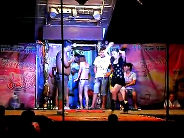 河南农村庙会 ,歌舞团表演,7,歌舞团表演,旅游视