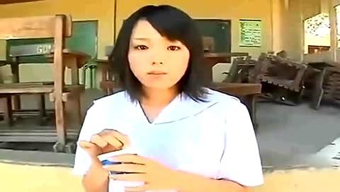 科技视频:曰本娃娃脸可爱美女S崎