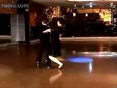东阳广场交谊舞五步探戈_在线视频观看_土豆网视频 娱乐-240x192