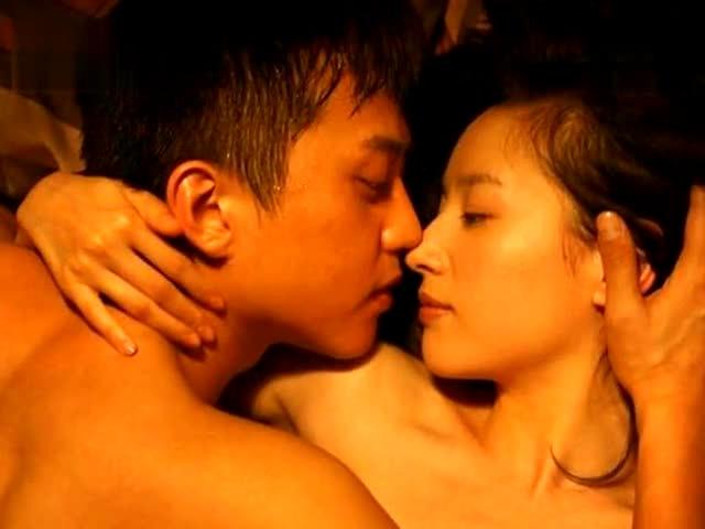 董洁邓超【相爱十年】大尺度床照曝光