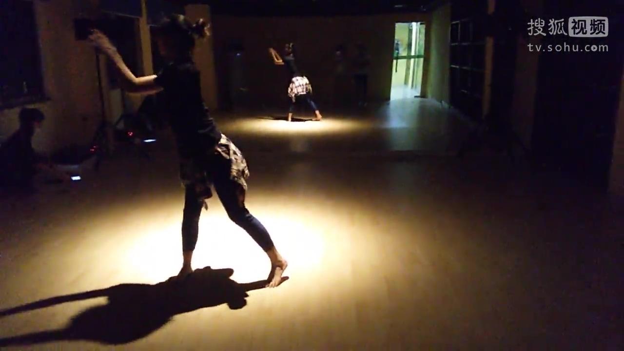 惠州舞蹈爵士舞老师即兴表演《致青春》超美